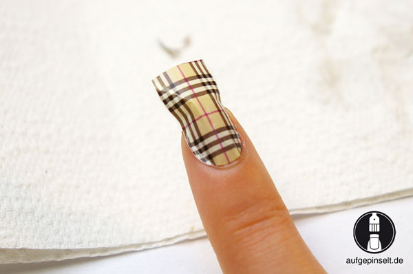 water decals nail design
