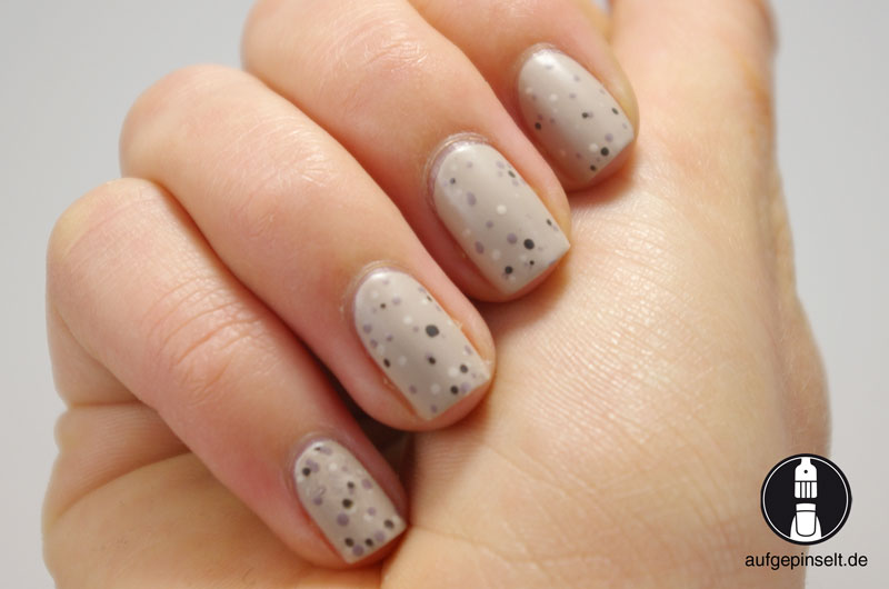eier design nail art