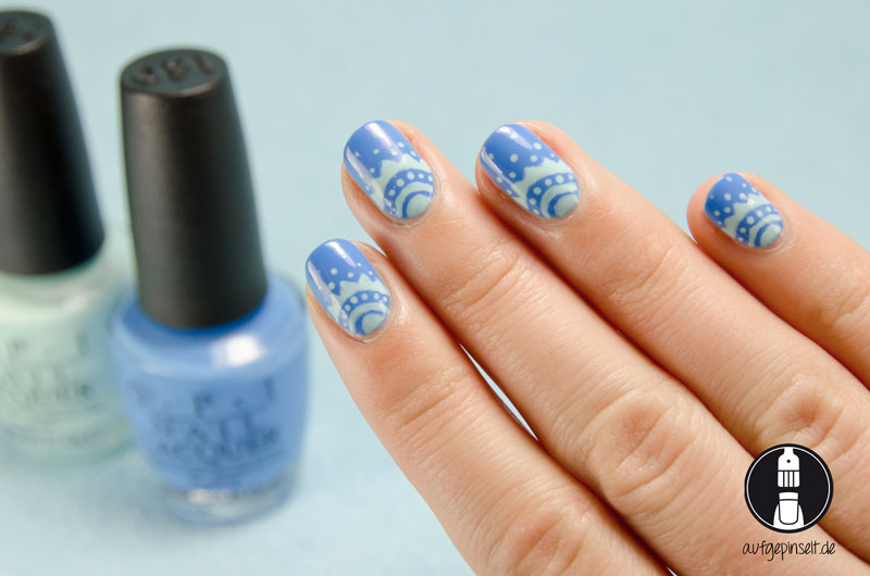 Mandala Nageldesign in Blau und Mint