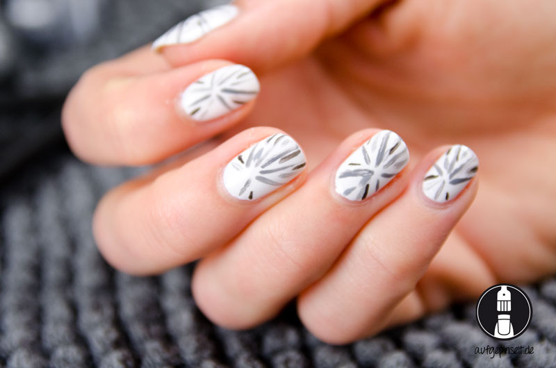 Nail Art grey firework